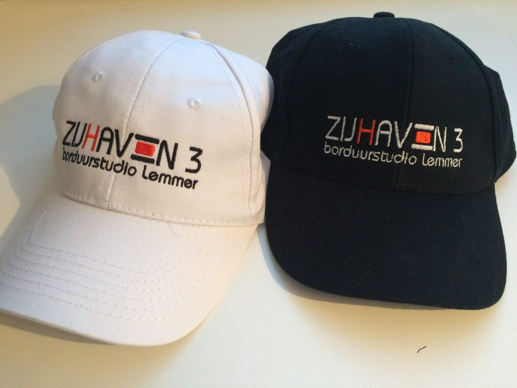 Company clothing, caps with company logo, by ZijHaven3, borduurstudio Lemmer