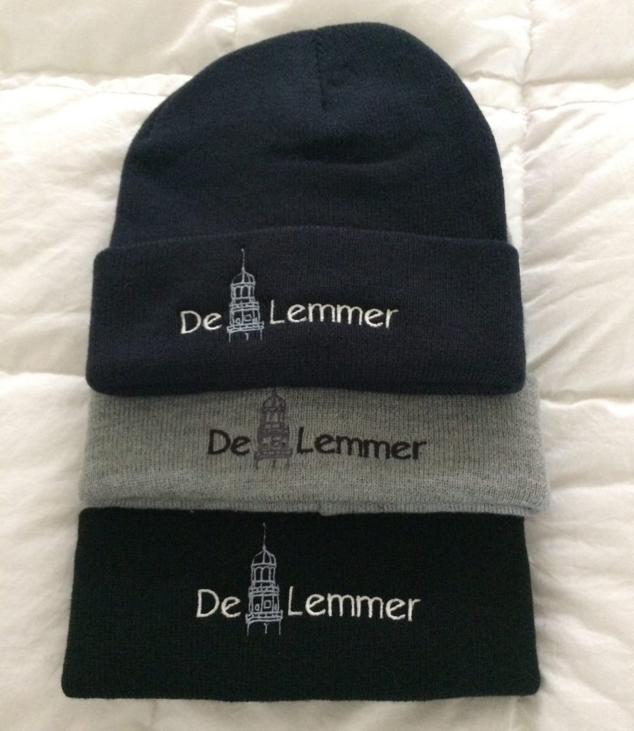 Gift idea, beanies with text and logo by ZijHaven3, borduurstudio Lemmer