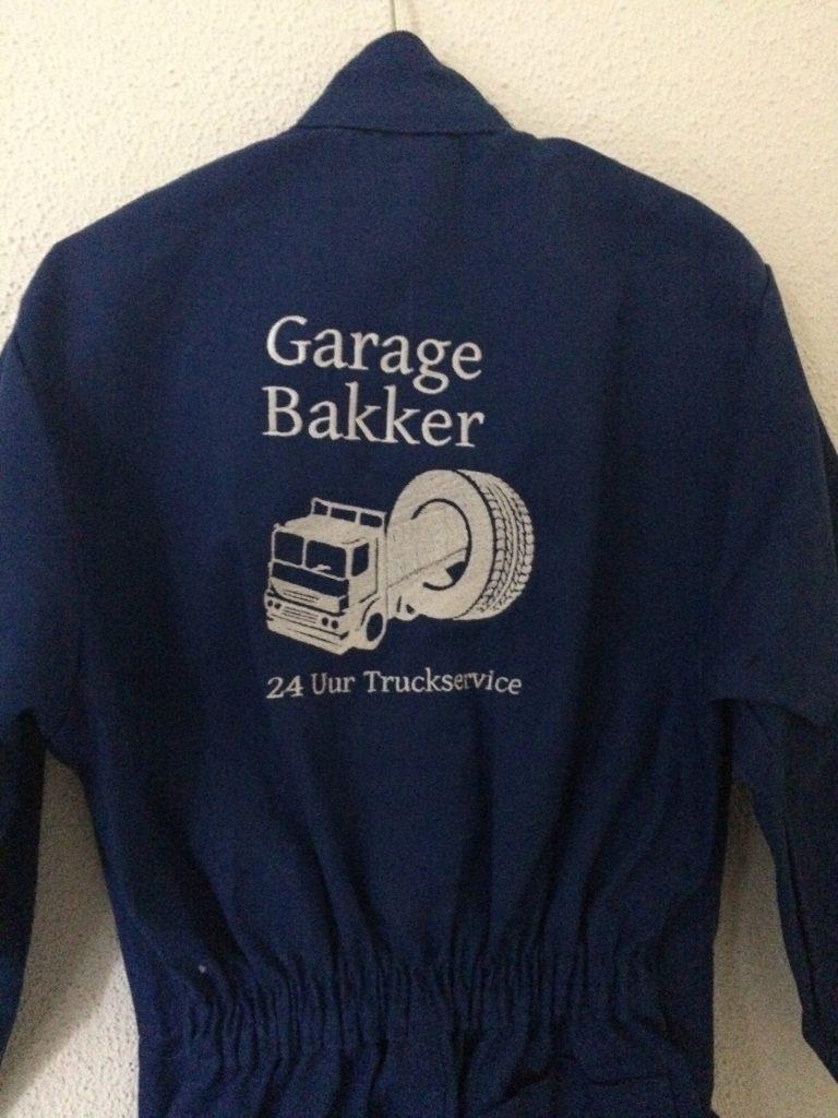 company gear, overalls with company logo, garage Bakker, by ZijHaven3, borduurstudio Lemmer