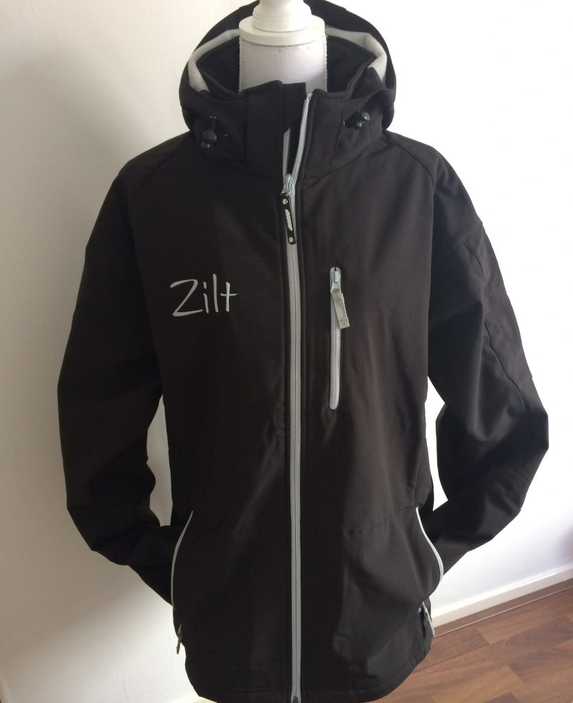 Watersport, clothing embroidered with name or logo, by ZijHaven3, borduurstudio Lemmer