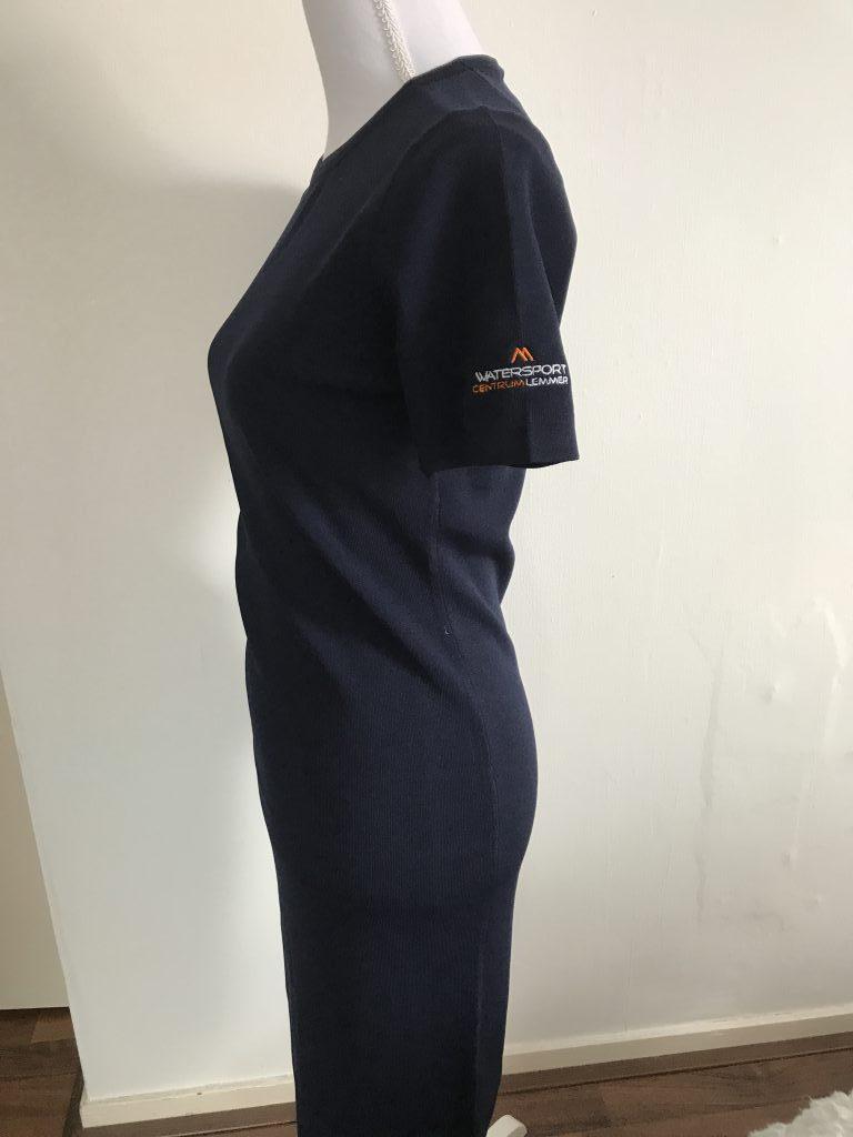 Bedrijfskleding, met mouw logo Watersport Centrum Lemmer, door ZijHaven3, borduurstudio Lemmer