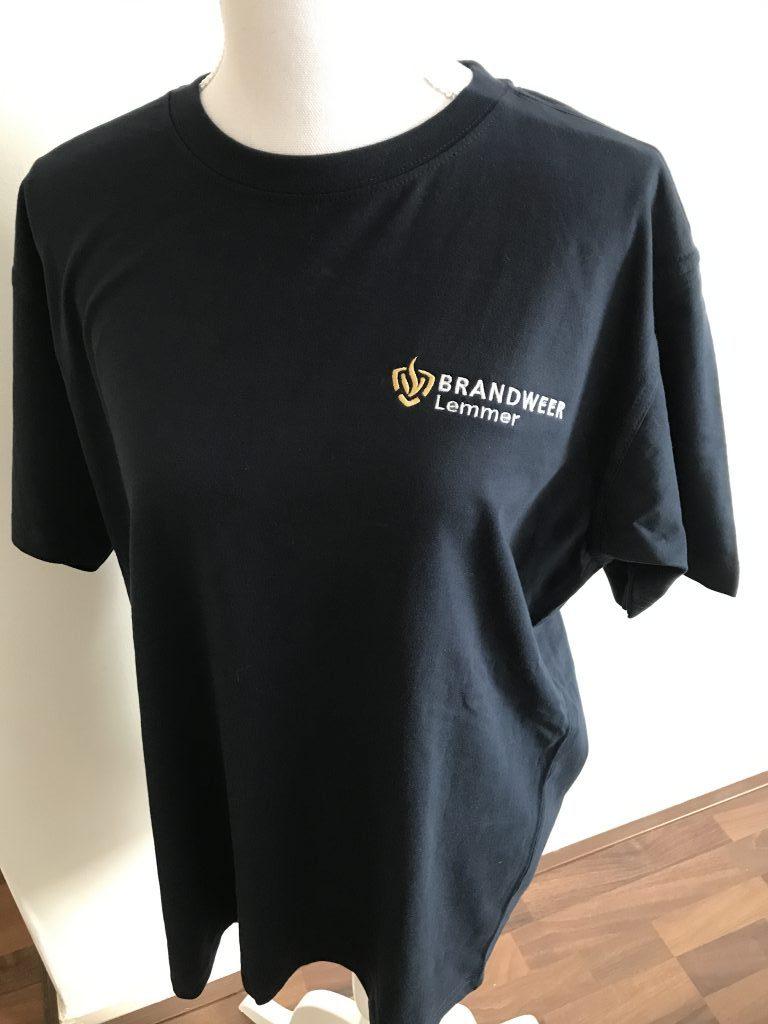 Company clothing, Mens t-shirt, with logo Brandweer Lemmer, by ZijHaven3, borduurstudio Lemmer