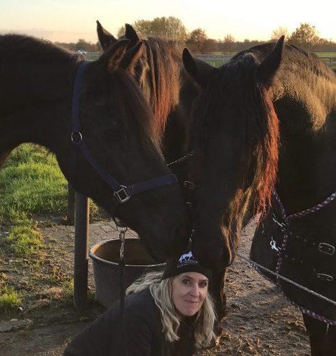 Paardensport, Muts sporty beanie met Friese Paarden / Friesian Horses, van ZijHaven3,bordurrstudio Lemmer