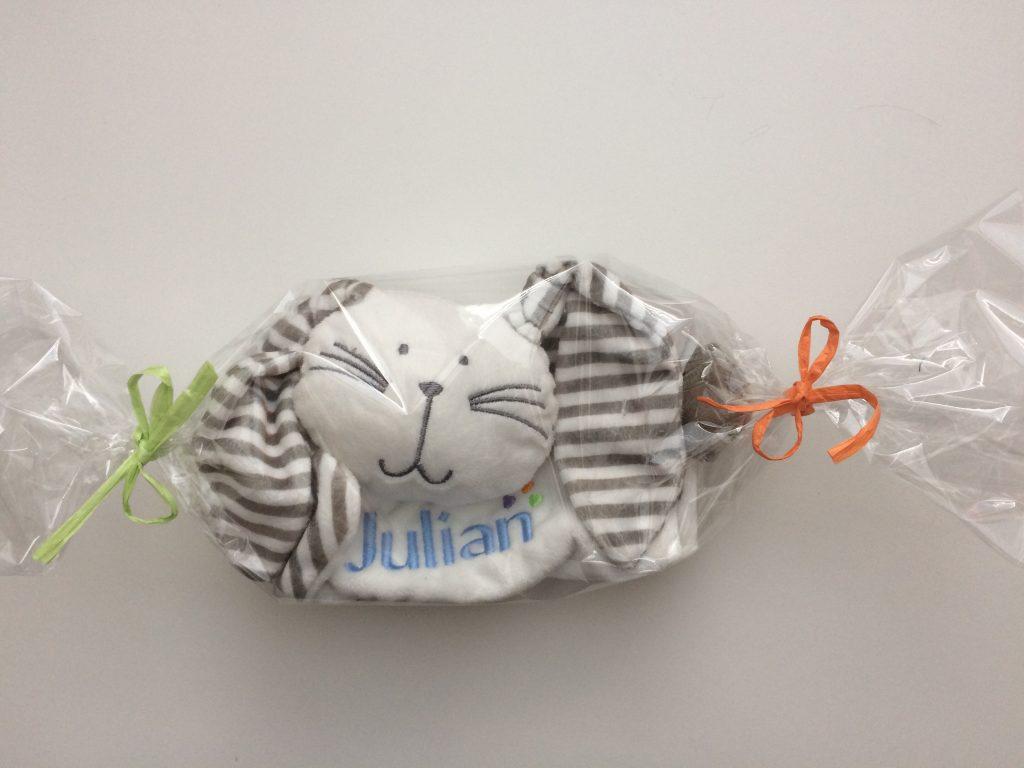 Cadeau idee, kinder knuffel met naamborduring, door ZijHaven3, borduurstudio Lemmer