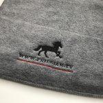 Paardensport, fleece sjaal, logo Friesian TV, door ZijHaven3, borduurstudio Lemmer