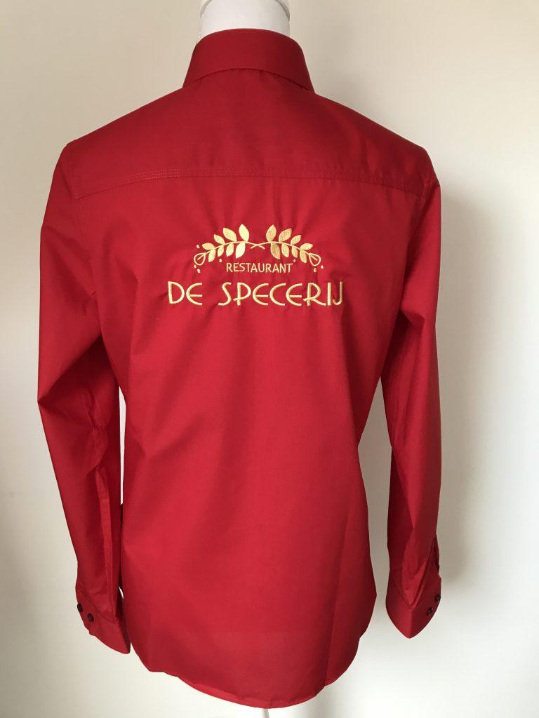 Company gear, shirt with company logo, restaurant De Specerij, by ZijHaven3, borduurstudio Lemmer