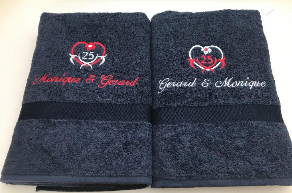 Gift idea, towels for special events, by ZijHaven3, borduurstudio Lemmer