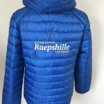 Equestrian sports, quilted ladies jacket, with logo opfokstation Raepshille Strijensas, by ZijHaven3, borduurstudio Lemmer