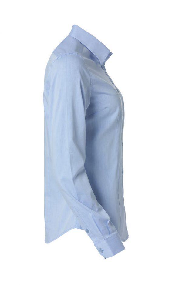 Dames shirt, licht blauw, rechter zij aanzicht, met logo Fries Paarden / Frisian Horses door ZijHaven3, borduurstudio Lemmer
