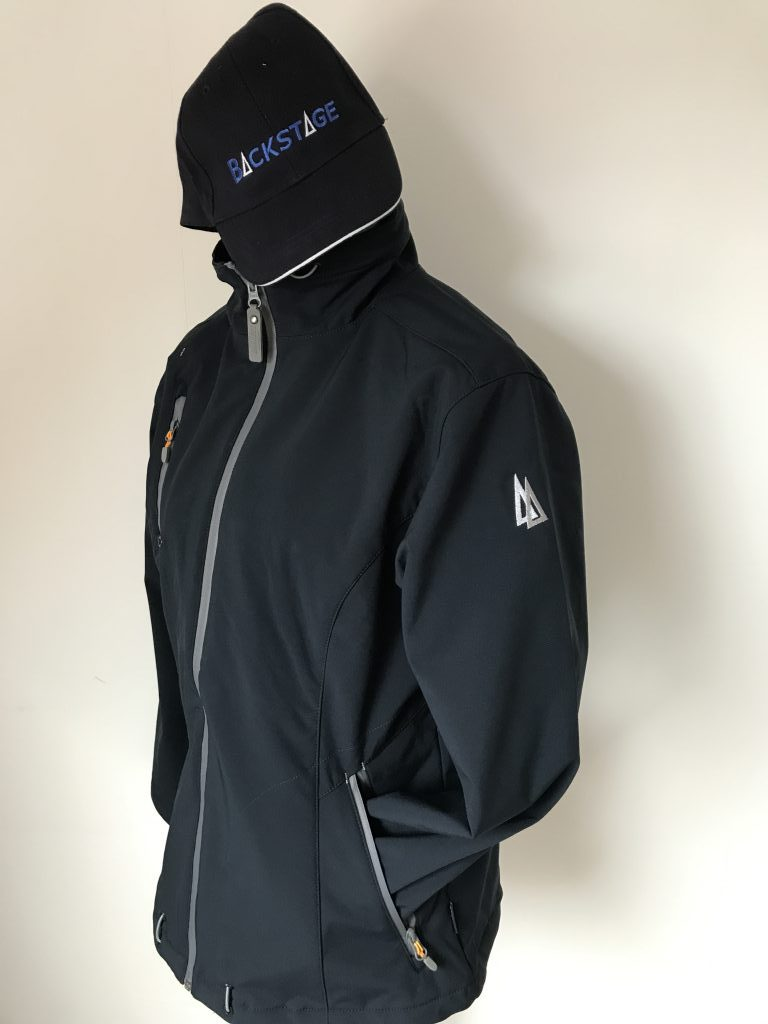 Watersports, softshell jacket and knitted had with boat name and trademark, by ZijHaven3 borduurstudio Lemmer