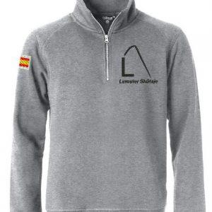 Moderne sweater met halve rits, unisex, grijs, met logo Lemster Skûtsje, door ZijHaven3 borduurstudio Lemmer