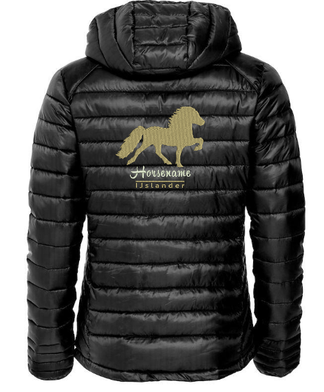Personalised fitted quilted jacket,black, with logo Icelandic Horse embroidered on the back, by ZijHaven 3, borduurstudio Lemmer